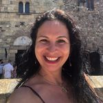 Adriana Keenan - @adriana.keenan - Instagram