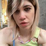 Alexandra Lores - @staggerleely - Instagram