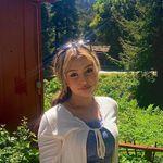 @alexa.deleonn - Instagram