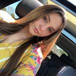 Alexa McGraw - @theycallmelexx_ - Instagram