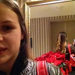 Alexandra Sizemore - @aisleloveualways - Instagram