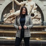Alexandra Uliano - @alexandrauliano_realestate - Instagram
