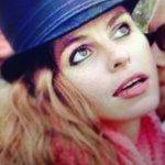 Alexis Oakland - @alexisoakland - Instagram