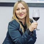 Alicia Tomassone   Sommelier - @aliciatomassone - Instagram