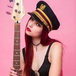 Alicia Vigil - @aliciavigil - Instagram