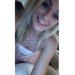 Allyson McAllister - @allysonscloset - Instagram