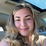 Alycia Valdez - @applealycia - Instagram