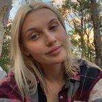 Lyss 🦋 - @alyssalloyd__ - Instagram