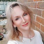 Amanda Chenery-Howes - @achcherrybomb - Instagram