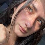Ana Zelada - @anaczn_21 - Instagram