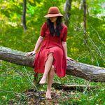 Angela Kahn - @angelarosekahn - Instagram