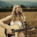 Anna Singer - @annasinger.music - Instagram