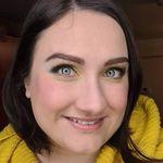 Anne Slotkowski - @annes_beauty_box - Instagram