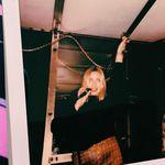 Anne Singer - @anne_singer - Instagram