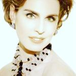 Antonia Dell'Atte - @antoniadellatte Verified Account - Instagram