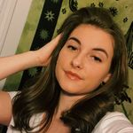 Ashley Barry - @ashleybarry77 - Instagram