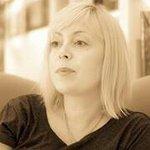 Becky Curran - @beckcurran - Instagram