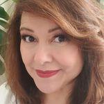 Bernadette Barela - @bernadettebee25 - Instagram