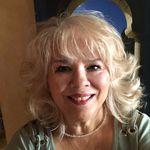 Bernadette Jaramillo-Leal - @heartandsoulconnections - Instagram