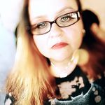 Bernadette Soto - @bernadette.soto - Instagram