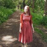 Beth Mroz - @wordlesswriting - Instagram