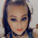 Bonnie Minney - @country_barbie36 - Instagram