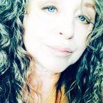 Bonnie Pilon - @bonniepilon - Instagram