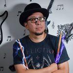 Carlos Alvarado - @papamanager - Instagram