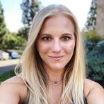 Carrie Herbert - @carriedawaytravel - Instagram