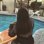 @_claudiadrew - Instagram