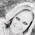 Diane Hollandsworth - @hworthgirl - Instagram