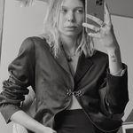 Leslie Frances - @lesfrancy - Instagram