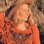 Genevieve Castle - @genicastle - Instagram