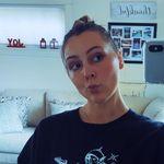 Holly Avery - @hollyavery_ - Instagram