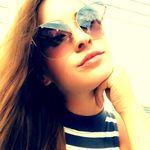 Karina Carney - @kareenabeann - Instagram