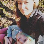 Kristin Hitchcock-Lankford - @lady_ofshalott - Instagram