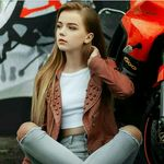 Lilly Müller - @muellerlilly343 - Instagram