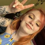 Lizzy Gaines - @mama_lizzybee - Instagram