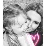 Nicola Ogston - @nicola_oggie - Instagram