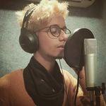 Perry Venus - Musician/Singer - @perryvenuss - Instagram