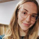 Rosie Stroud - @cracklinrosiemakemesmile - Instagram