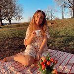 SADIE HILTON - @sadiehilton_ - Instagram
