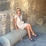 Sally Cahill - @sally.cahill - Instagram
