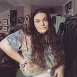 Sarah Pendleton - @fat.queer.aunt.crafts - Instagram