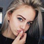 Stella Fink - @bitche_stella - Instagram