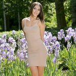 Stella Gaines - @fabianelzurdo - Instagram