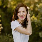 Stephanie Garber - @stephanie_garber Verified Account - Instagram