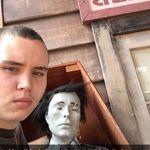 Travis Scott Fortnite Burger - @jaydenaberdeen - Instagram