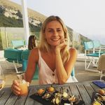 Victoria Stroud 🌟 - @vickistroudy - Instagram