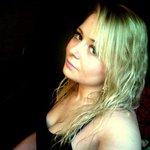 Wanda Dunham - @monplotmatrix - Instagram